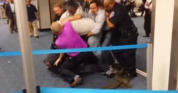 Homophobic attack at Dallas International Airport - Good Citizens Immediately Intervene